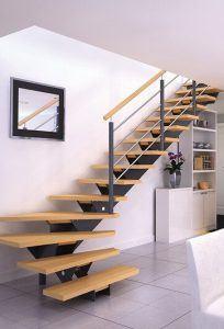 Escalier crémaillère centrale