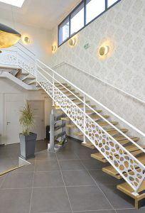 Escalier métallique lieu public